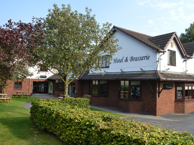 Alexander's Brasserie at the Rufford Arms Hotel